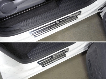 Volkswagen Amarok 2016-Накладки на пороги (лист зеркальный логотип Volkswagen)